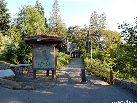 Entrance to Mercer Slough Nature Park