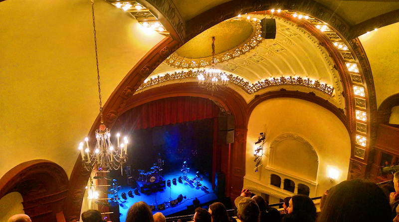seattles moore theatre - 800×445